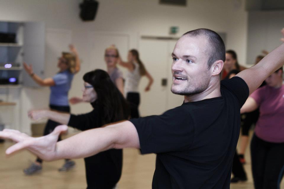 Har du lyst til at få dans-i-livet– men gider du ikke bøvle med en dansepartner?