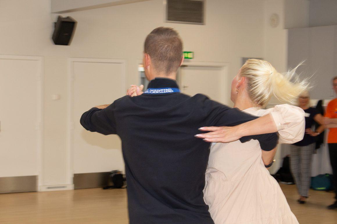 Vi danser videre :-)